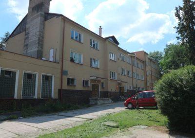 Budova školy v Litni